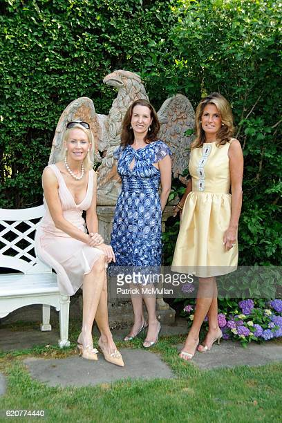 Joanne de Guardiola Alexia Hamm Ryan and Grace Meigher attend The Society of MSKCC and ELLE DECOR Host cocktails in Honor of CARROLL PETRIE and to...