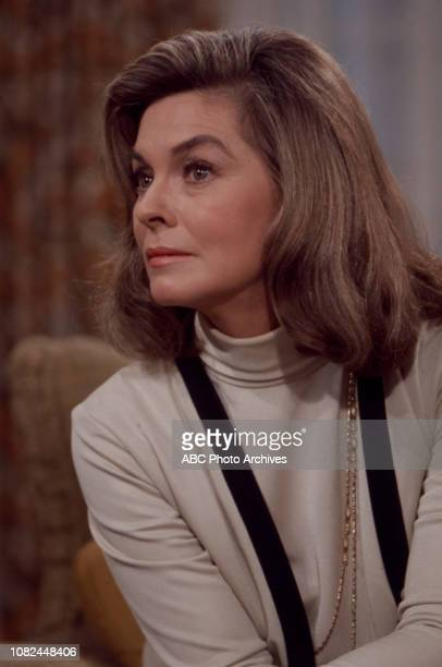 Joanne Dru appearing in the Walt Disney Television via Getty Images series 'The Smith Family'