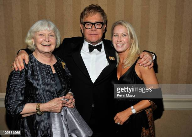 Joanne Woodward Sir Elton John and Clea Newman attend the 9th Annual Elton John AIDS Foundation's An Enduring Vision benefit at Cipriani Wall Street...