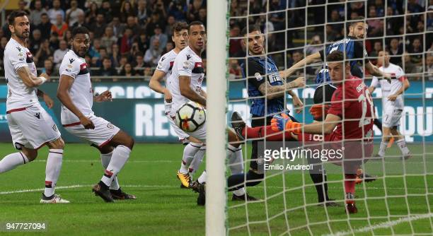 Joao Cancelo of FC Internazionale Milano scores the opening goal during the serie A match between FC Internazionale and Cagliari Calcio at Stadio...