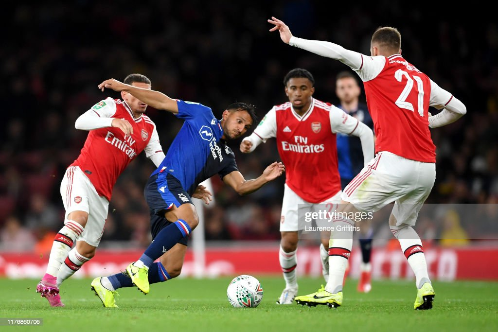Arsenal FC v Nottingham Forest  - Carabao Cup Third Round : ニュース写真