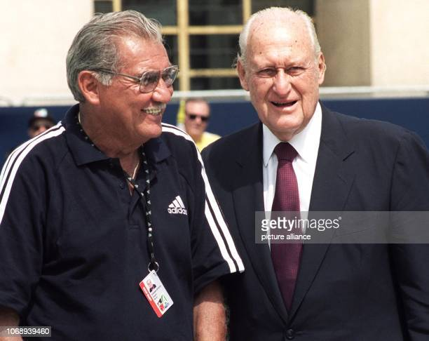 Joao Havelange the departing President of the World Soccer Federation talks to former Mexican goalkeeper Antonio Carbajal ahead of the 1998 Soccer...