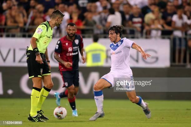 Joao Pedro of Cagliari in contrast with Sandro Tonali of Brescia during the Serie A match between Cagliari Calcio and Brescia Calcio at Sardegna...
