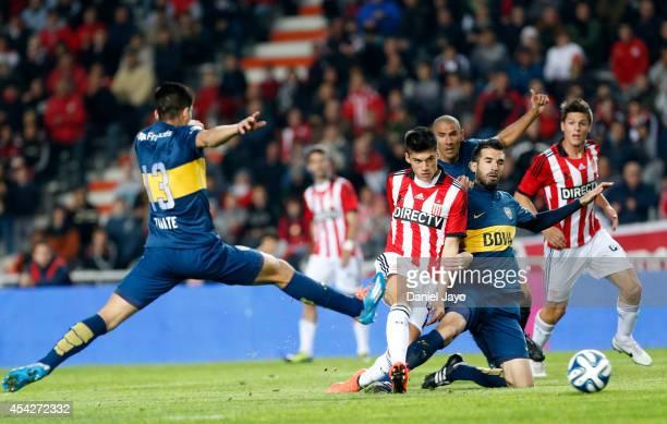 Joaquin Correa of Estudiantes scores during a match between Estudiantes and Boca Juniors as part of forth round of Torneo de Transicion 2014 at...