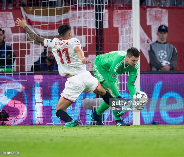 Joaquin Correa of Sevilla tries to score against goalkeeper Sven Ulreich of Muenchen during the UEFA Champions League Quarter Final second leg match...