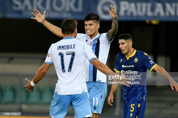 Joaquin Correa of SS Lazio celebrate a third goal with his team mates during the Serie A match between Hellas Verona and SS Lazio at Stadio...