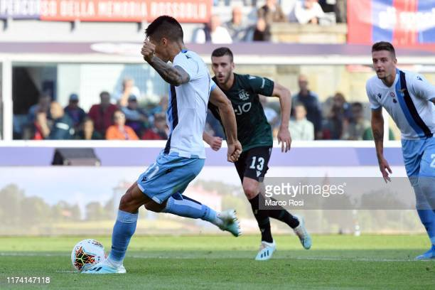 Joaquin Correa of SS lazio misses a penalty during the Serie A match between Bologna FC and SS Lazio at Stadio Renato Dall'Ara on October 6 2019 in...