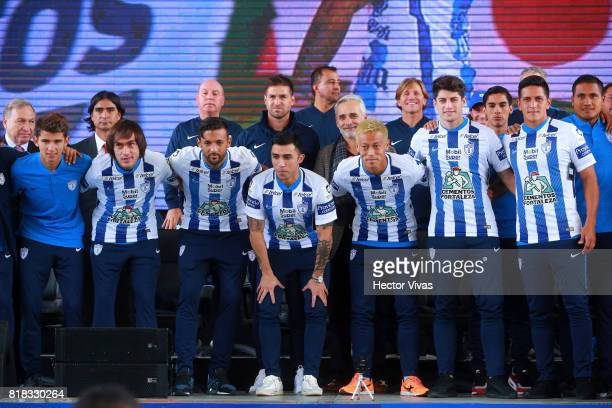 Joaquin Martinez Robert Herrera Edson Puch Keisuke Honda Angel Sagal and German Cano pose during a press conference to unveil Pachuca's new signings...