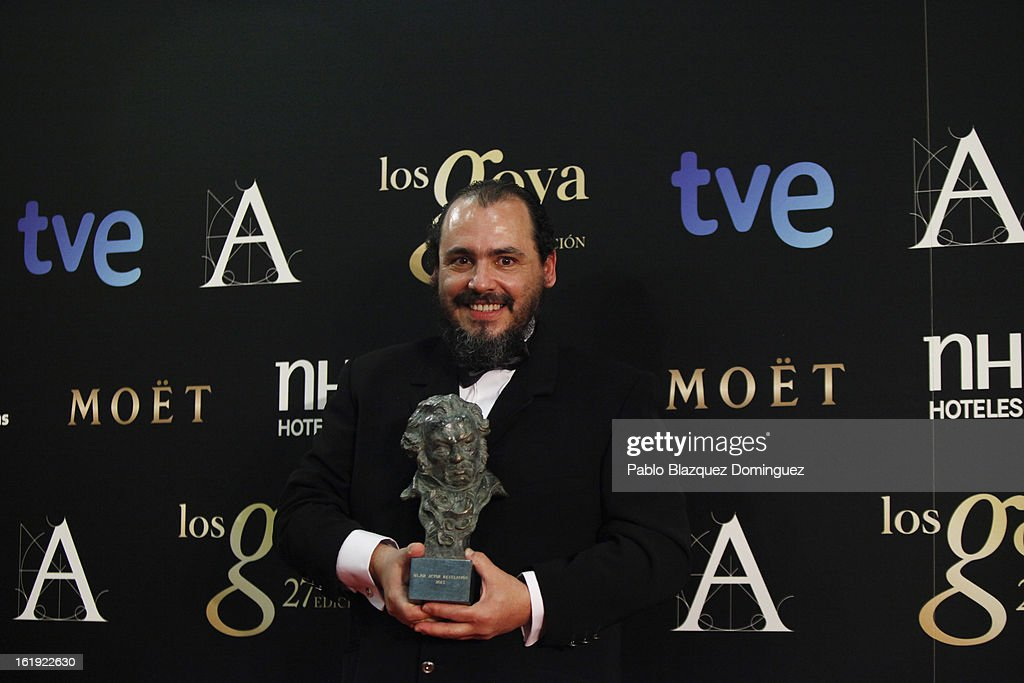 Joaquin Nunez holds his award for Best New Actor in the film 'Grupo 7' during the 2013 edition of the 'Goya Cinema Awards' ceremony at Centro de Congresos Principe Felipe on February 17, 2013 in Madrid, Spain.