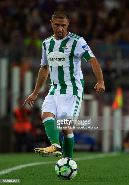 Joaquin Sanchez of Betis in action during the La Liga match between Barcelona and Real Betis at Camp Nou on August 20 2017 in Barcelona Spain