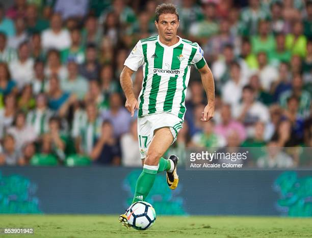 Joaquin Sanchez of Real Betis Balompie in action during the La Liga match between Real Betis and Levante at Estadio Benito Villamarin on September 25...