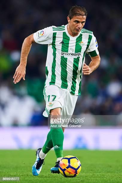 Joaquin Sanchez of Real Betis Balompie in action during the La Liga match between Real Betis and Getafe at Estadio Benito Villamarin on November 3...