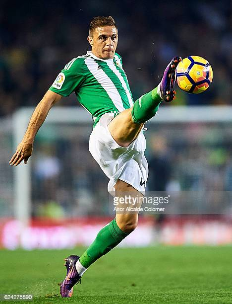 Joaquin Sanchez of Real Betis Balompie in action during the match between Real Betis Balompie vs UD Las Palmas as part of La Liga at Benito...