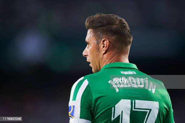 Joaquin Sanchez of Real Betis Balompie looks on during the Liga match between Real Betis Balompie and Levante UD at Estadio Benito Villamarin on...