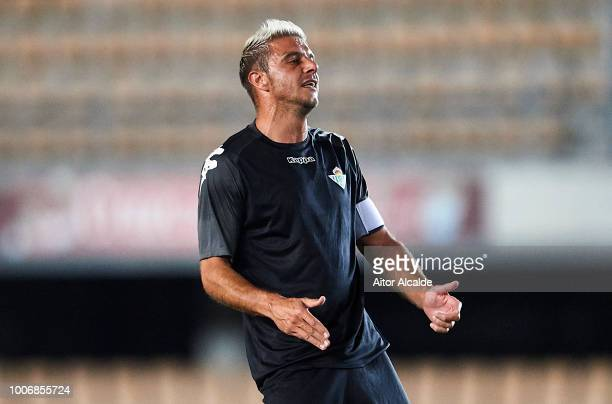 Joaquin Sanchez of Real Betis Balompie reacts during the Preseason match between Real Betis and Lille OSC at Estadio Chapin on July 28 2018 in Jerez...