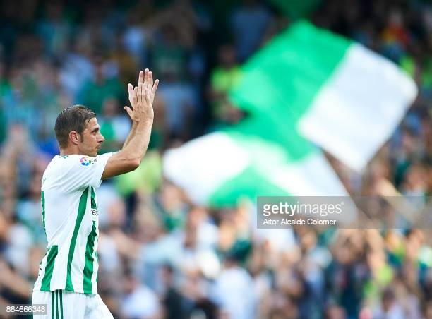 Joaquin Sanchez of Real Betis Balompie waves to the fans while he leaves the pitch during the La Liga match between Real Betis and Deportivo Alaves...