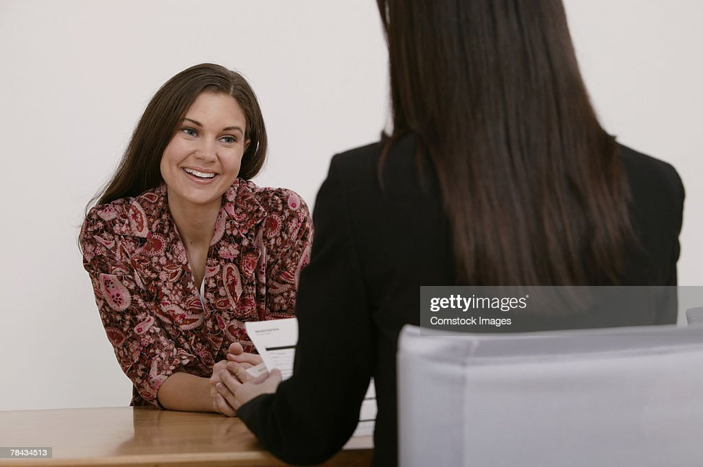 Job interview between businesswomen : Stockfoto