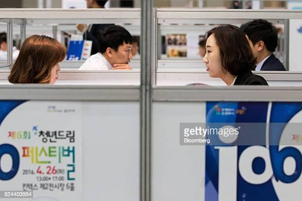 60 Top Inside A Job Fair Ahead Of South Korea Unemployment