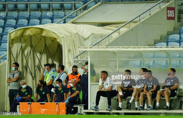 Jocelyn Gourvennec head coach of LOSC Lille looks on during the Pre-Season Friendly match between SL Benfica and Lille at Estadio Algarve on July 22,...