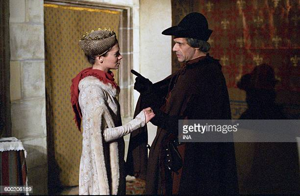 Jocelyne BOISSEAU and Denis MANUEL in an indoor scene of the television film Louis XI or the central power