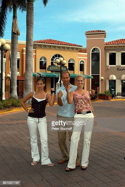 Jochen Horst Ehefrau Tina Ciamperla Janina Flieger am Rande der Dreharbeiten zum ZDFFilm FloridaTräume Fort Myers USA Amerika PNr 925/2005 Familie...