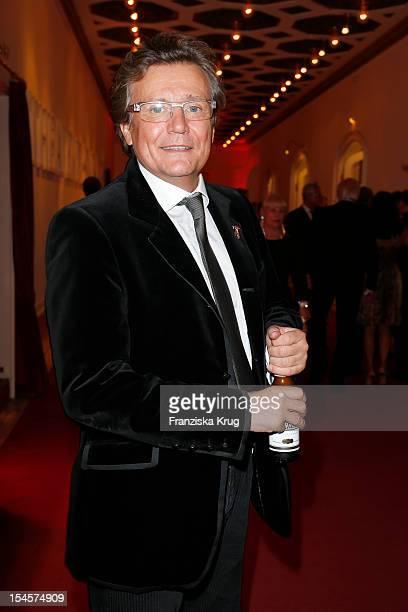 Jochen Kowalski attends the 'Kuenstler gegen Aids Gala 2012' at Theater des Westens on October 22, 2012 in Berlin, Germany.