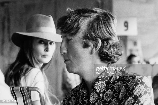 Jochen Rindt Nina Rindt Grand Prix of Netherlands Zandvoort 21 June 1969 Jochen Rindt and wife Nina Rindt in the pits