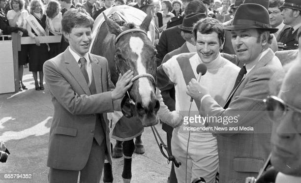 Jockey Bob Champion and Aldaniti watch the rerun of the Chase with BBC commentator David Coleman in the winners enclosure at Aintree