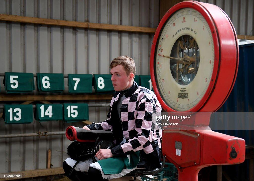GBR: Buckfastleigh Point to Point Racing