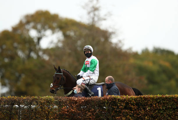GBR: Wetherby Races