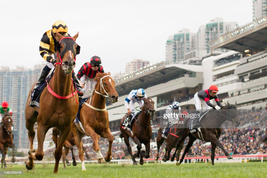Glorious Forever wins Longines Hong Kong Cup (G1 2000m) : News Photo