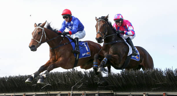 AUS: Grand National Jumps Day