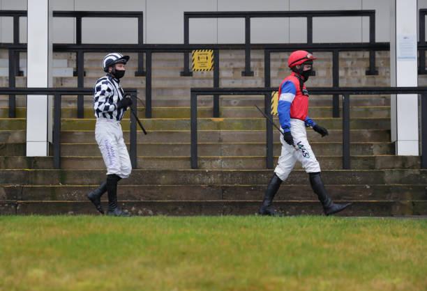 GBR: Chepstow Races