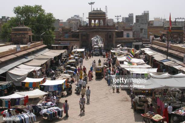 jodhpur central street market, rajasthan, india - argenberg stock pictures, royalty-free photos & images