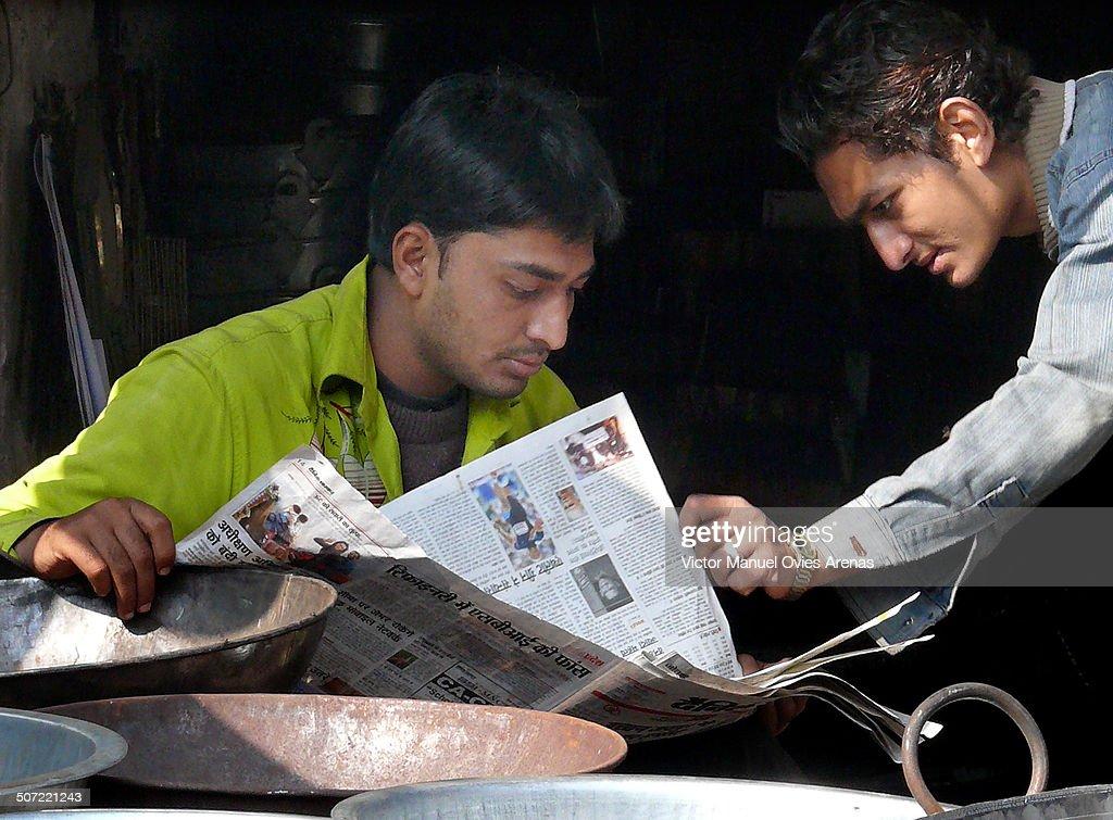 Reading the Paper : Fotografía de noticias