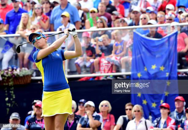 Jodi Ewart Shadoff of Team Europe hits a shot on the first tee during the final day singles matches of the Solheim Cup at the Des Moines Golf and...