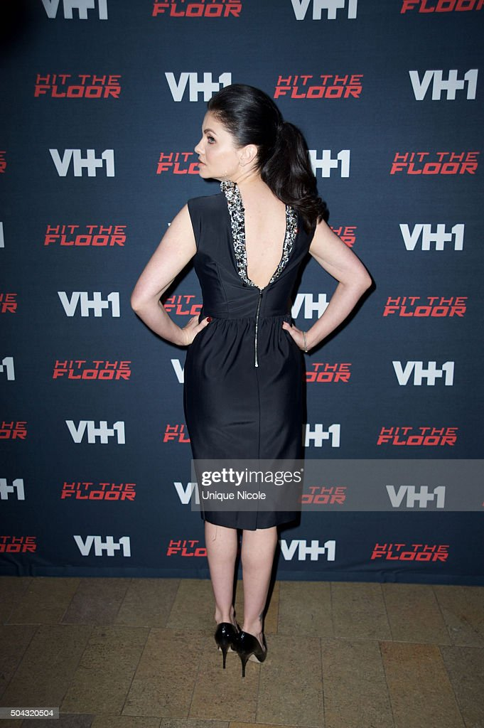 Jodi Lyn Ou0027Keefe Arrives For The Premiere Of VH1u0027s U0027Hit The Flooru0027