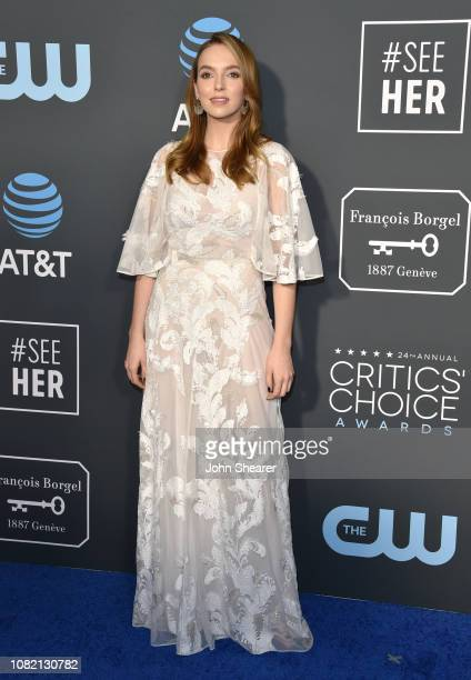 Jodie Comer attends The 24th Annual Critics' Choice Awards at Barker Hangar on January 13 2019 in Santa Monica California