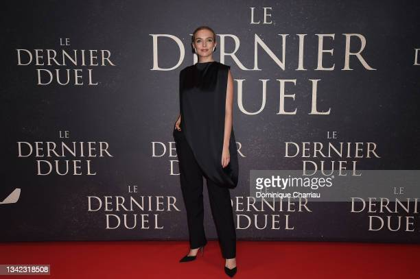 """Jodie Comer attends the French premiere of 20th Century Studios' """"The Last Duel"""" at cinema Gaumont Champs Elysees on September 24, 2021 in Paris,..."""