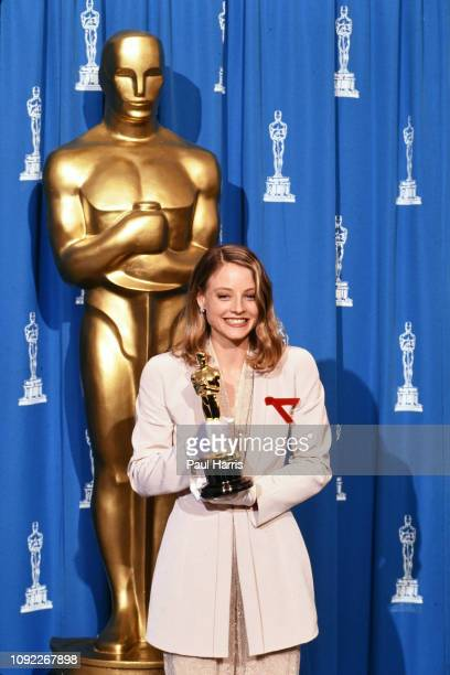 Jodie Foster at the 1992 64th Academy Awards, she had anOscars win for 'Silence of the Lambs' March 30, 1992 at the Dorothy Chandler Pavilion Los...