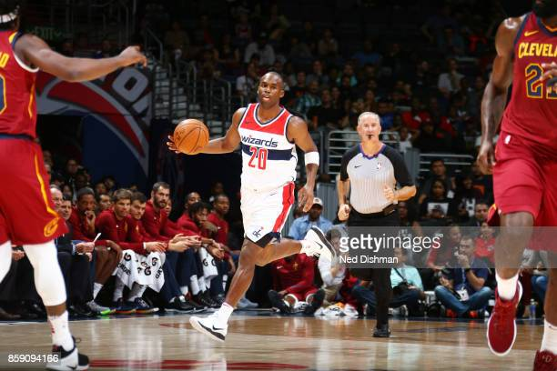 Jodie Meeks of the Washington Wizards handles the ball during the preseason game against the Cleveland Cavaliers on October 8 2017 at Capital One...