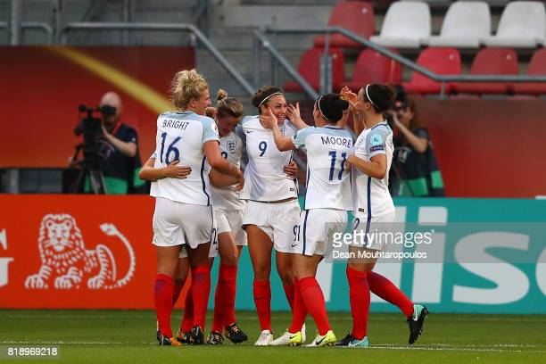 Jodie Taylor of England celebrates with team mates after she scores the second goal of the game during the UEFA Women's Euro 2017 Group D match...