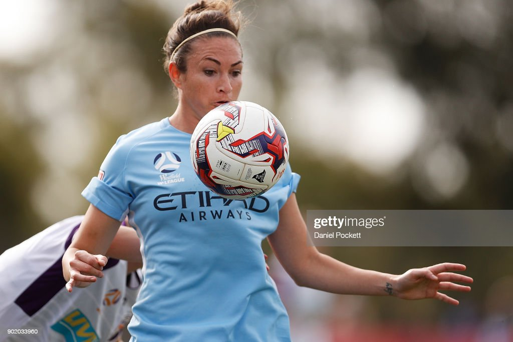 Jodie Taylor of Melbourne City controls the ball during the round ten W-League match between Melbourne City and Perth Glory at City Football Academy, Bundoora on January 7, 2018 in Melbourne, Australia.