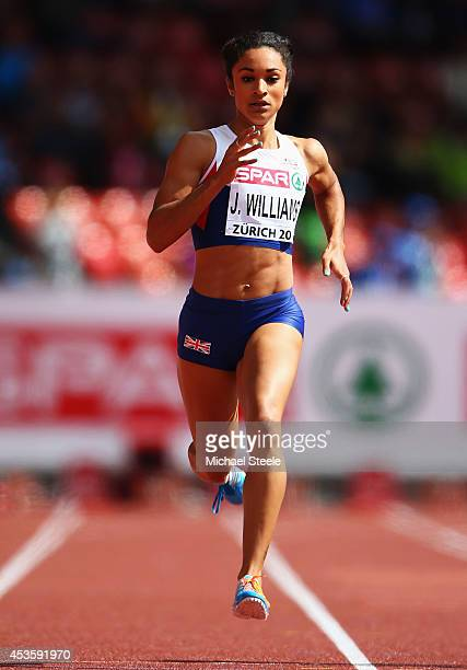 Jodie Williams of Great Britain and Northern Ireland competes in the Women's 200 metres heats during day three of the 22nd European Athletics...