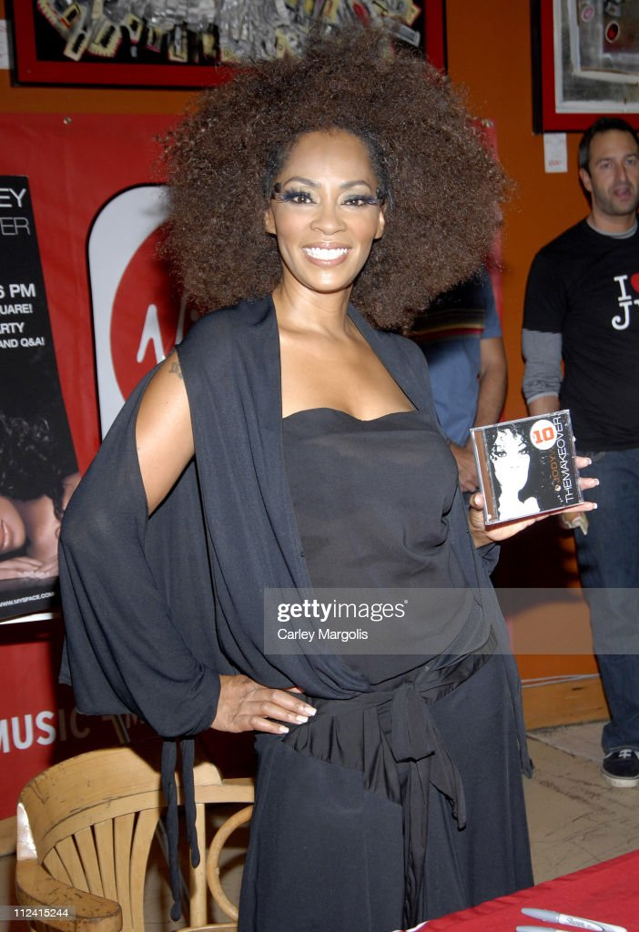 """Jody Watley Celebrates the Release of Her New CD """"The Makeover"""" With A Live"""