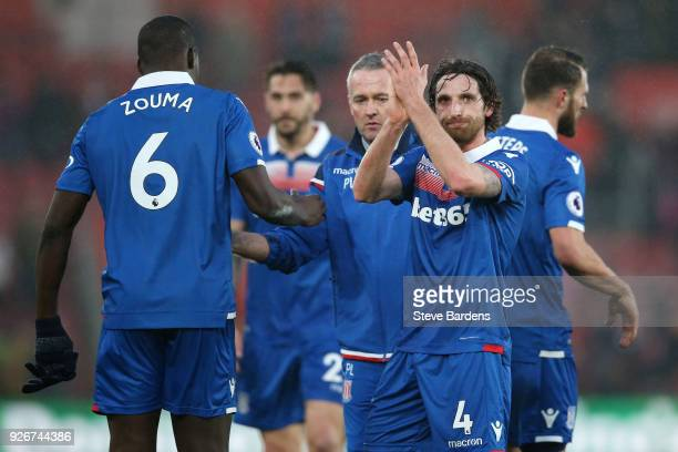 Joe Allen of Stoke City shows appreciation to the fans following the Premier League match between Southampton and Stoke City at St Mary's Stadium on...