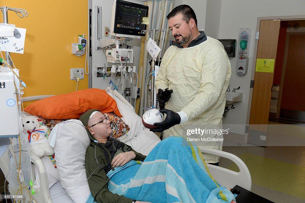 Joe Andruzzi visits Boston Children's Hospital
