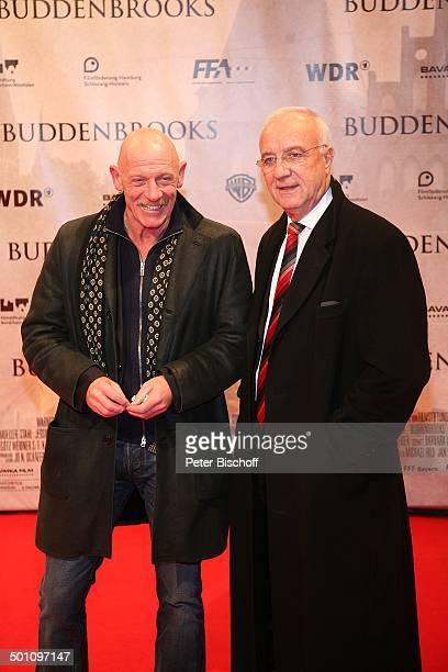 Joe Bausch Fritz Pleitgen Premiere zum Kinofilm Buddenbrooks Ein Geschäft von einiger Grösse Lichtburg Essen NordrheinWestfalen Deutschland Europa...