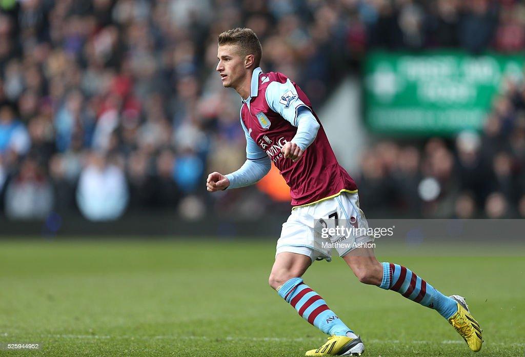 Soccer - Barclays Premier League - Aston Villa v Liverpool : News Photo