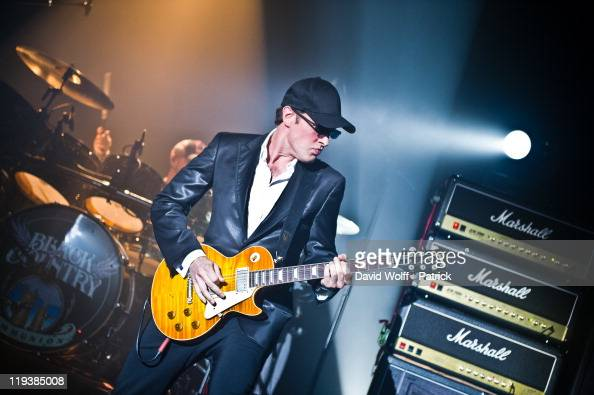 8824800b89e753 Joe Bonamassa of Black Country Communion performs at Le Bataclan on... News  Photo - Getty Images